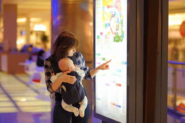 Different-types-of-Baby-carrier-for-small-moms