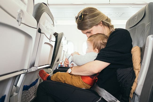 How to install rear-facing car seat on Airplane